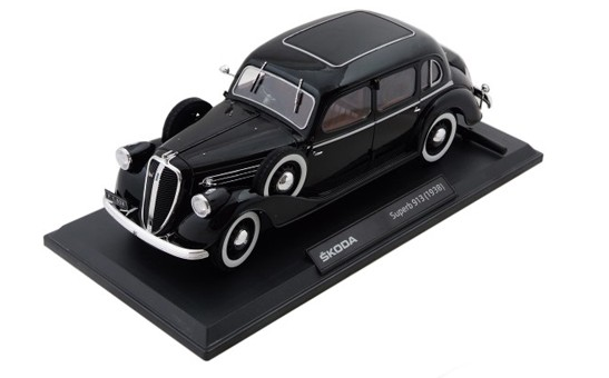 ŠKODA Modellauto Superb 913 (1938) Modell 1:18, Farbe Schwarz