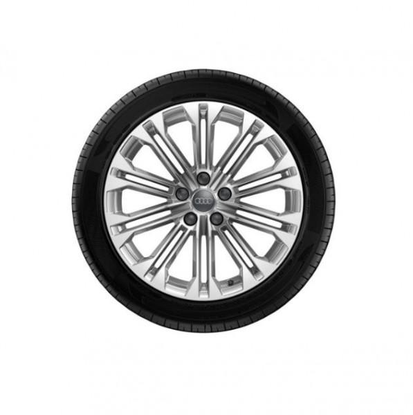 Winterkomplettrad-Satz im 10-Parallelspeichen-Design 245/40 R18 Pirelli