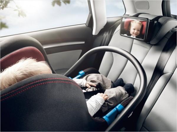 Audi Babyspiegel zur Befestigung an der Rückbank