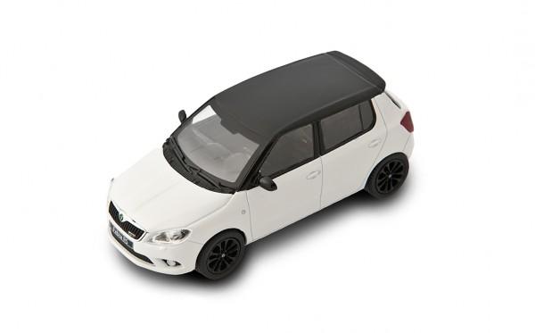 ŠKODA Modellauto FABIA RS, Modell 1:43, Farbe Candy-Weiß/schwarzes Dach