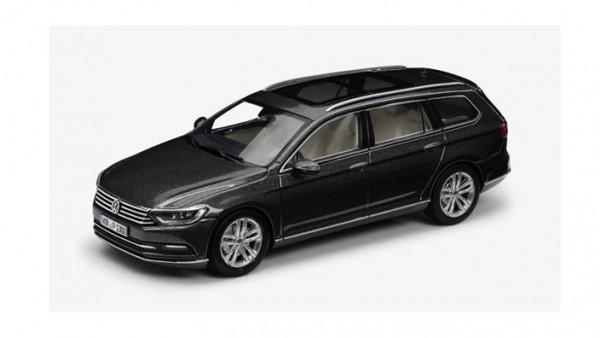 Modellauto Volkswagen Passat B8 Variant 1:43, Black Oak Brown Metallic