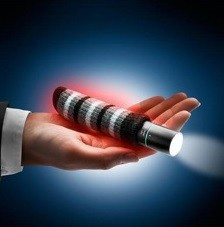 Heiz-Pod 3in1 - Handwärmer, Taschenlampe und Powerbank in Einem