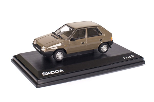 ŠKODA Modellauto Favorit (1987), 1:43, Farbe Braun
